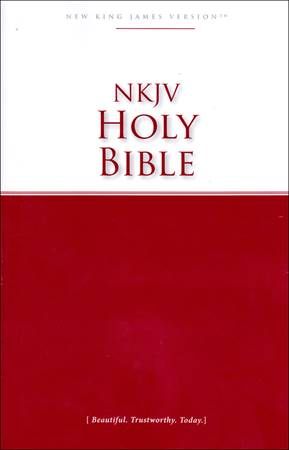 NKJV Holy Bible (Brossura)