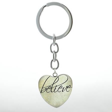 Portachiavi Believe cuore verde