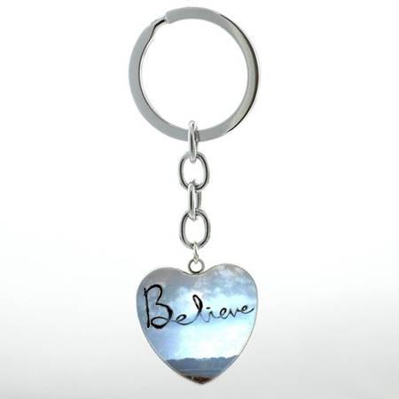 Portachiavi Believe cuore azzurro