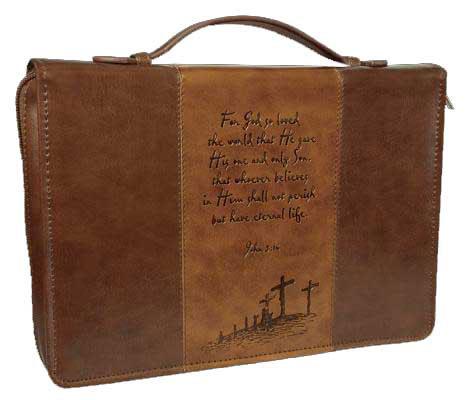 Copribibbia Medio in pelle marrone con incisione Calvario e versetto John 3:16